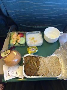パキスタン出張。PIAパキスタン航空の機内食