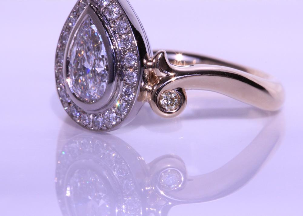 エシカルダイヤモンドの婚約指輪(オーダーメイド品)シャンパンゴールド×プラチナ