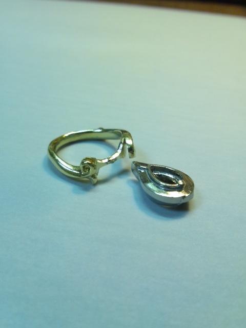 エシカルダイヤモンドの婚約指輪(オーダーメイド品)シャンパンゴールド×プラチナ メイキング写真2