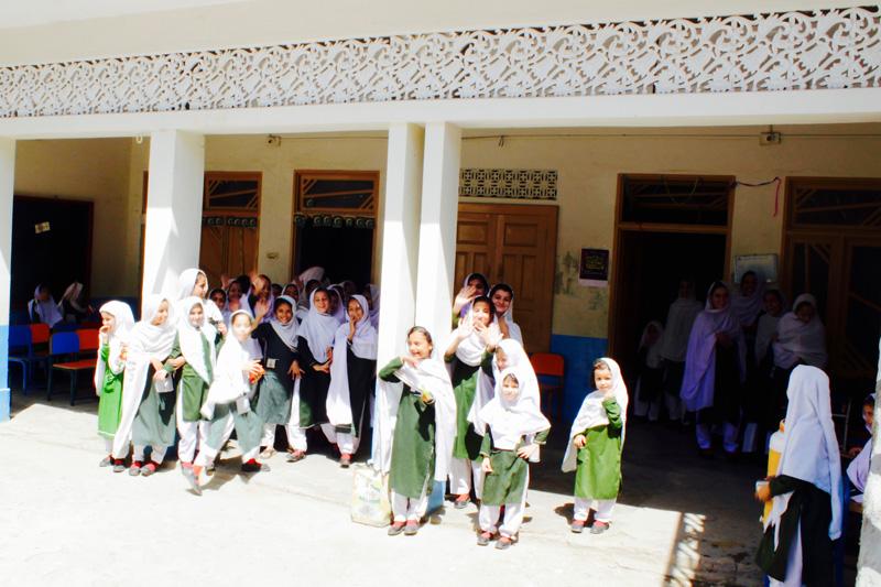 スワートの学校と女性学生たち