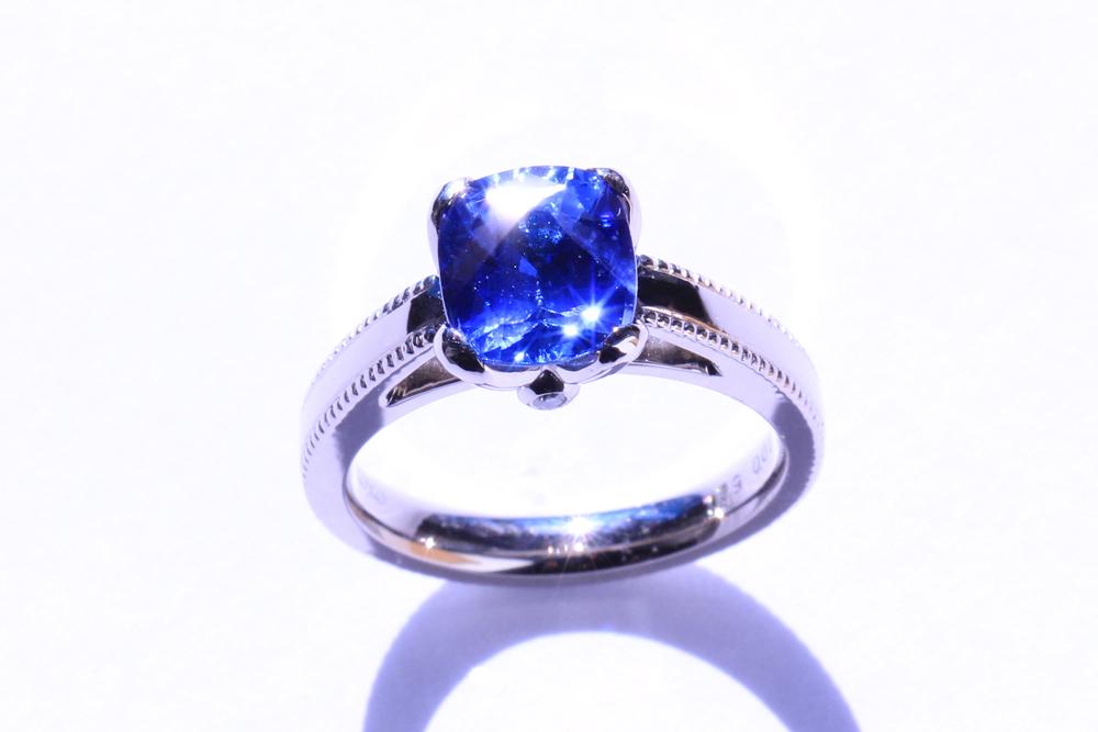 【オーダーメイド】サファイアの婚約指輪(エンゲージメントリング)