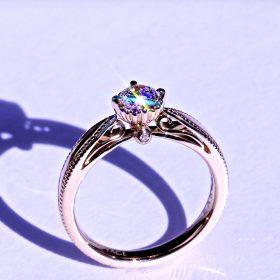 エシカルダイヤモンドの婚約指輪(オーダーメイド品)シャンパンゴールド