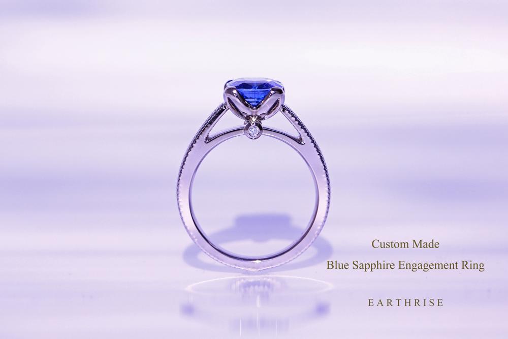 ロイヤルブルー・サファイアを用いた、オーダーメイドの婚約指輪。