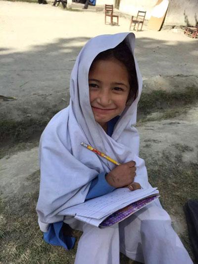 青空学校の子供達@パキスタン