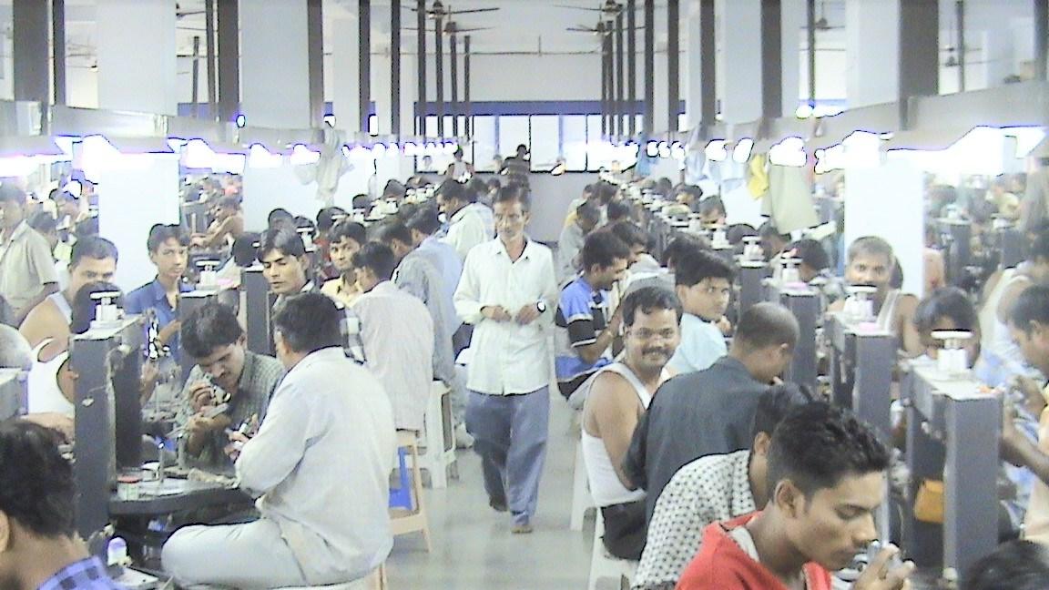 インドの研磨工場