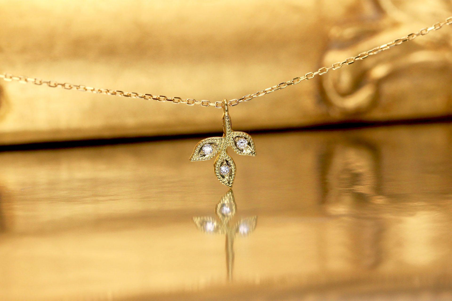 アンティーク・オリーブ・ダイヤモンド・ネックレス・ピアス(フェアマインド認証ゴールド&エシカルダイヤモンド)