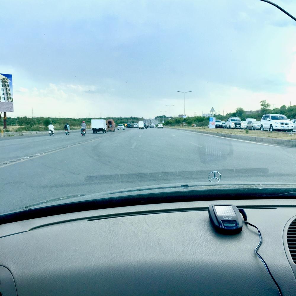 イスラマバードの道路1
