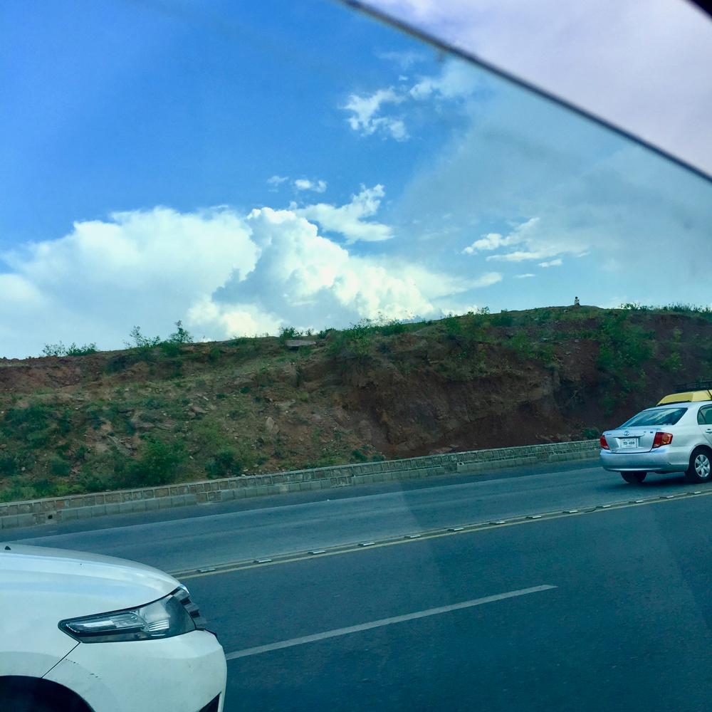 イスラマバードの道路2